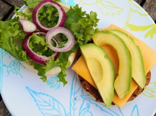 Seitan burger with accompaniments