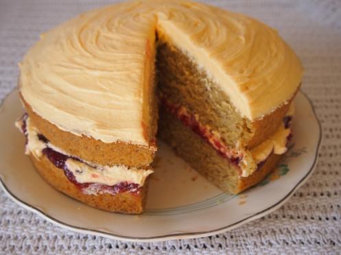 Vegan custard sponge cake